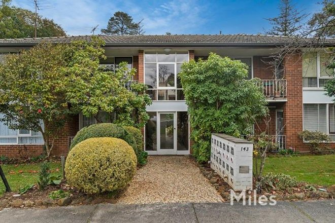 Picture of 4/143 Locksley Road, EAGLEMONT VIC 3084