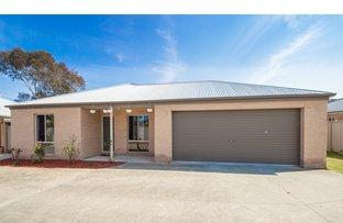Picture of 1/17 Kurrajong Crescent, West Albury NSW 2640