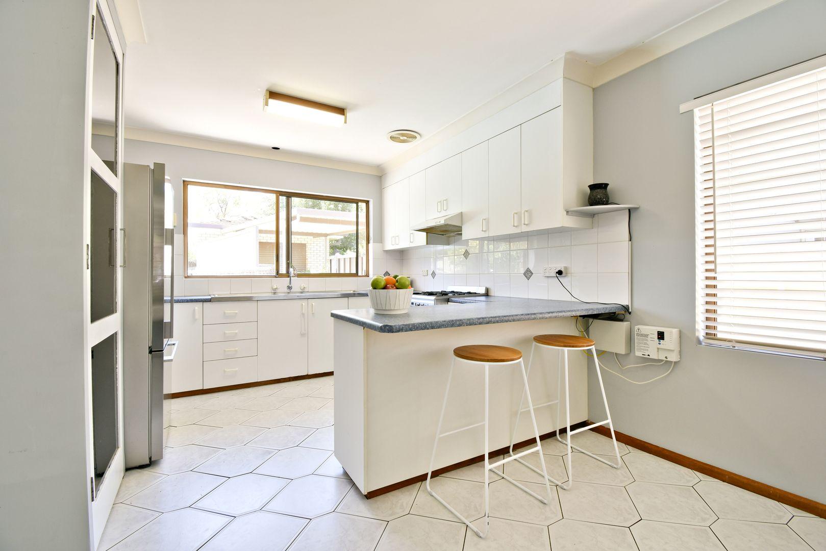 8 Beveridge Crescent, Dubbo NSW 2830, Image 1