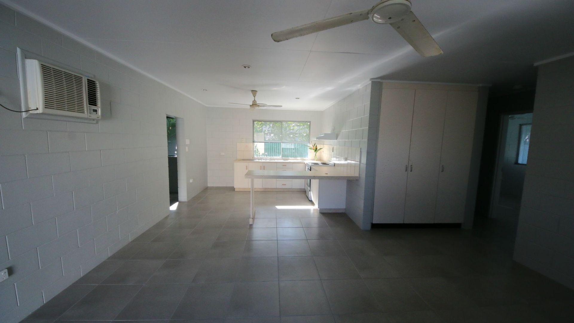 1/59 Munro Street, Brandon QLD 4808, Image 1