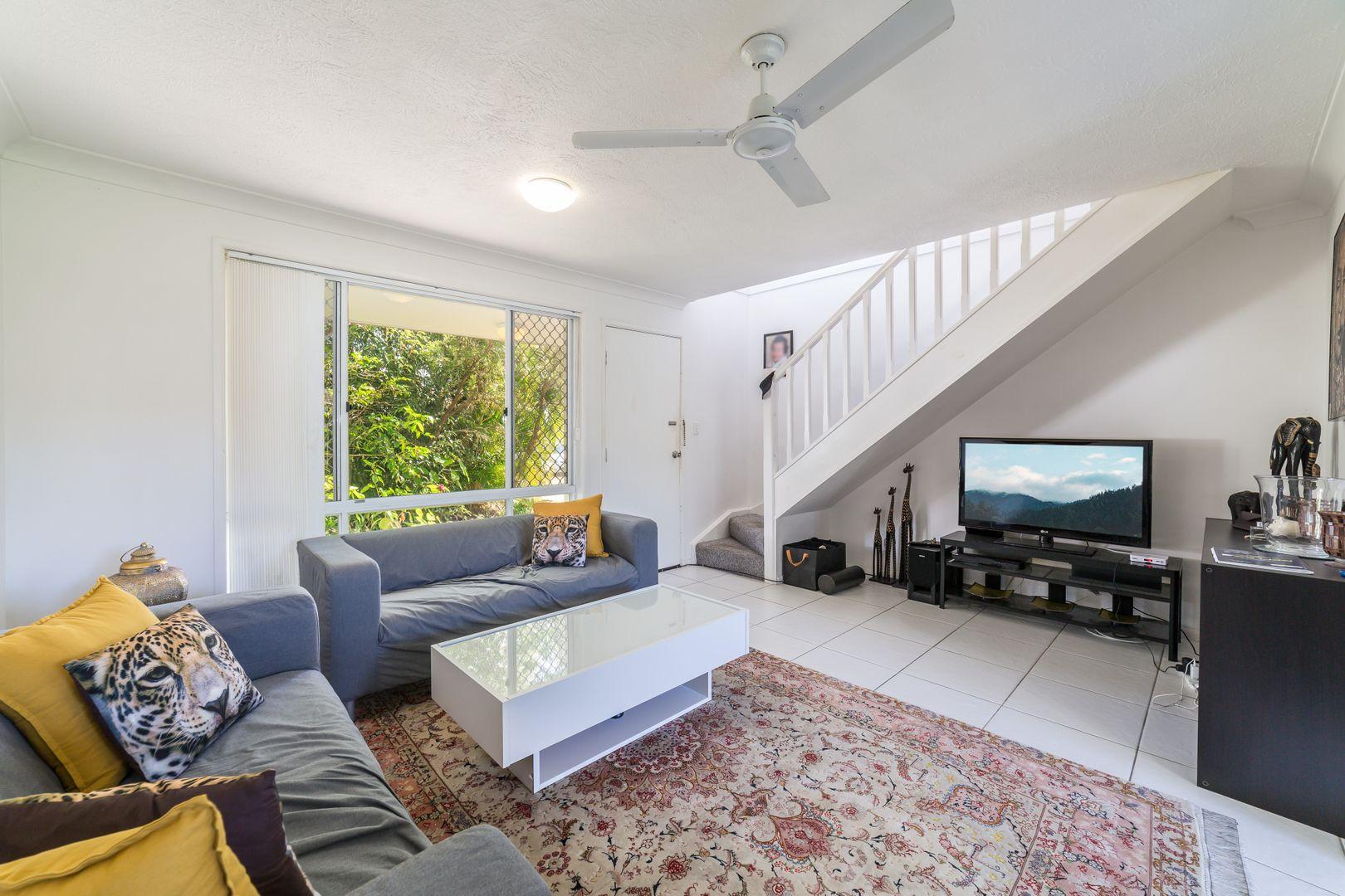 40/2 St Kevins Avenue, Benowa QLD 4217, Image 1