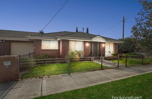 Picture of 1/117 Station Road, Melton South VIC 3338