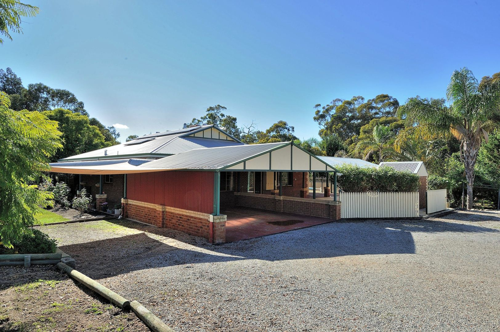 22 Accedens Rise, Bakers Hill WA 6562, Image 2