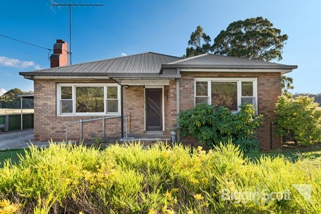 Picture of 135 Back Settlement Road, KORWEINGUBOORA VIC 3461