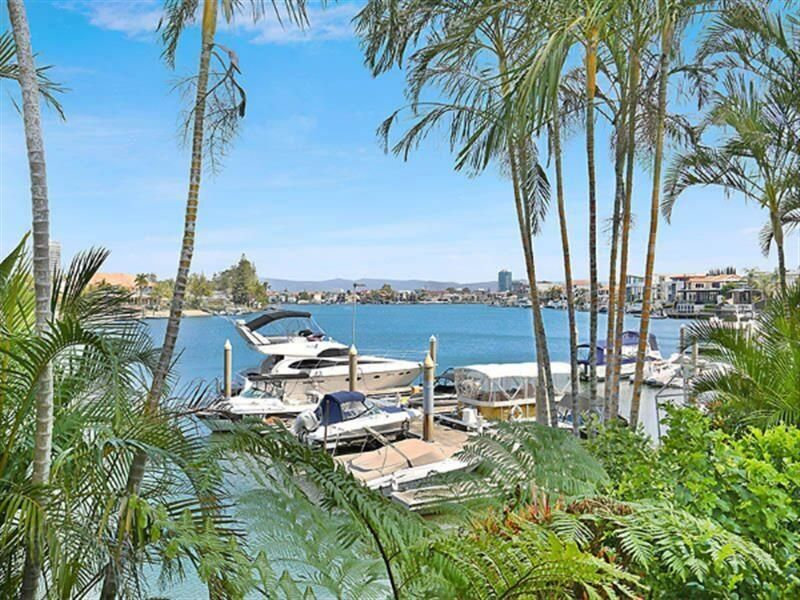 5/2 Admiralty Drive, Paradise Waters QLD 4217, Image 0