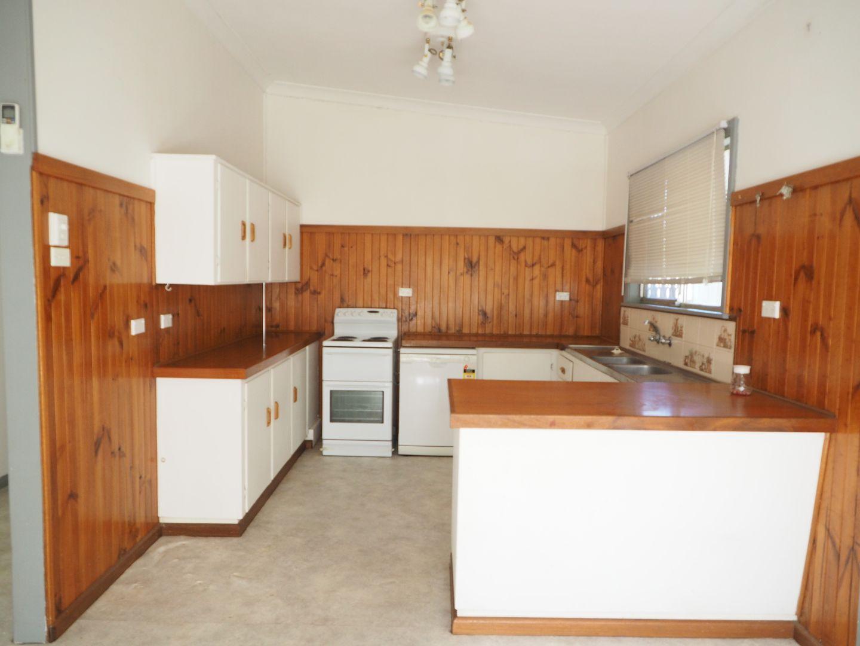 5 Delander Crescent, Moree NSW 2400, Image 2
