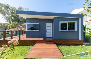 Picture of 2 Avonlea Street, Belmont North NSW 2280