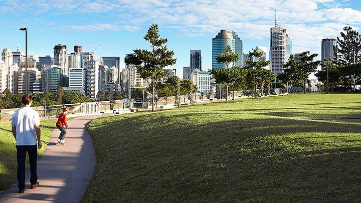 813/9-19 Castlebar Street, Kangaroo Point QLD 4169, Image 2