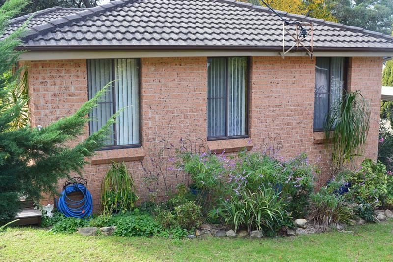 2 Rose Circle, Winmalee NSW 2777, Image 2