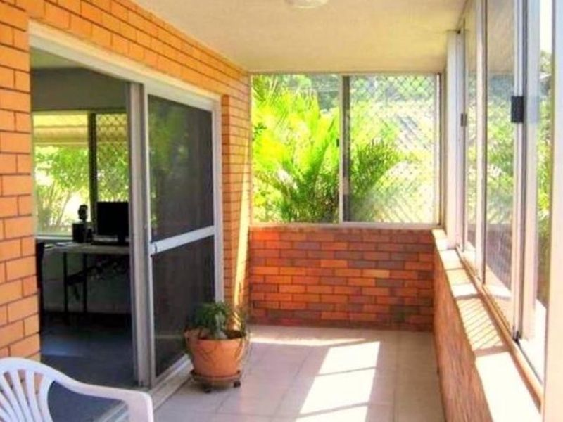 Unit 1/1 Awoonga Ave, Burleigh Heads QLD 4220, Image 2