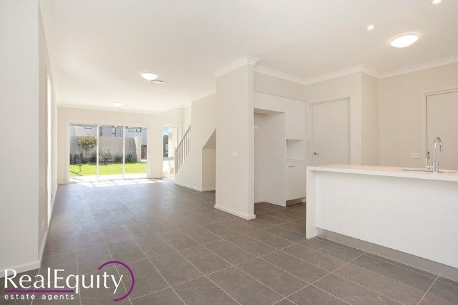 Picture of 71 Hennessy Avenue, MOOREBANK NSW 2170