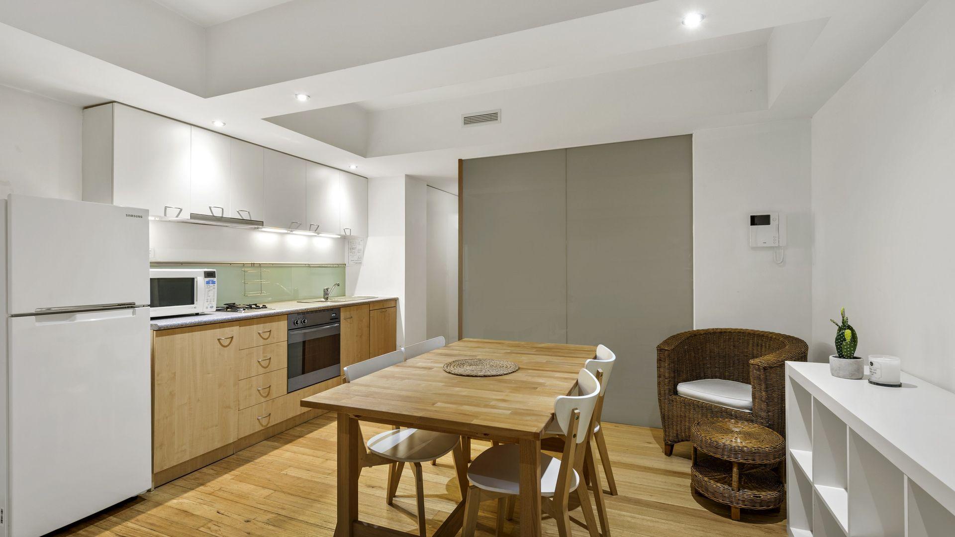 104/292 Flinders Street, Melbourne VIC 3000, Image 2