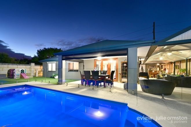 Picture of 56 Backshall Place, WANNEROO WA 6065