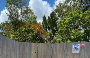 Picture of 7 Sarina Beach Road, Sarina Beach QLD 4737
