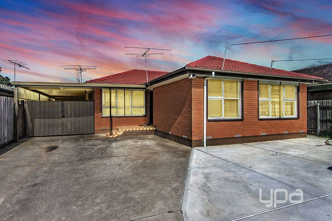 Picture of 28 Pinoak Street, ST ALBANS VIC 3021