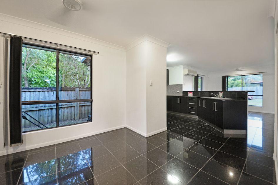2/32 Banksia Avenue, Cannonvale QLD 4802, Image 1