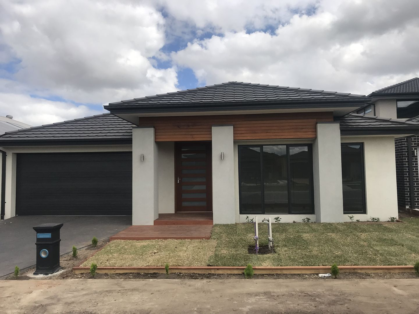 24 Moorgate Road, Clyde North VIC 3978, Image 0