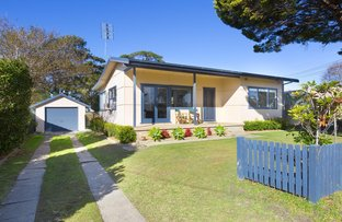 Picture of 7 McIntosh Street, Shoalhaven Heads NSW 2535