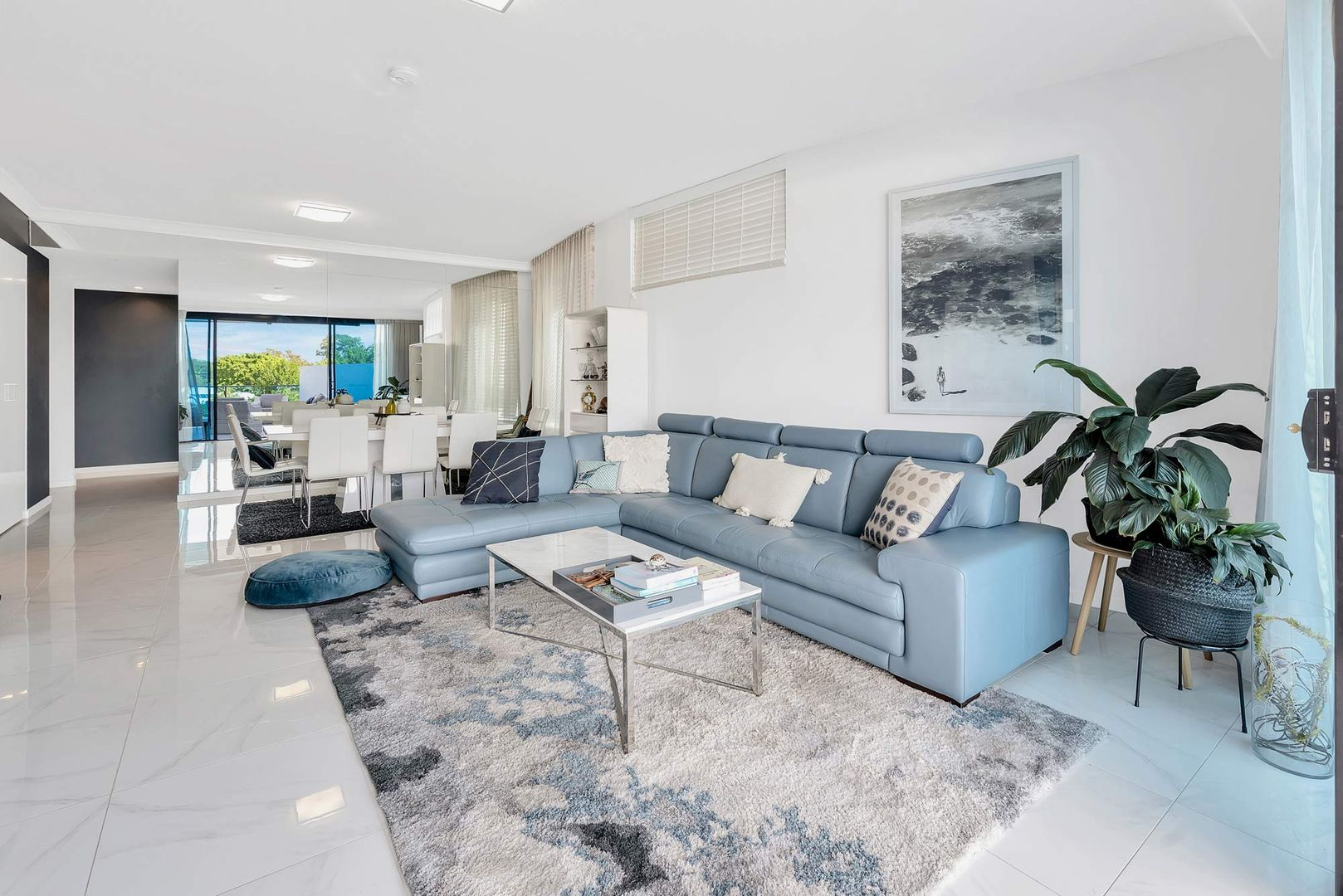 3106/5 Harbourside Court, Biggera Waters QLD 4216, Image 0