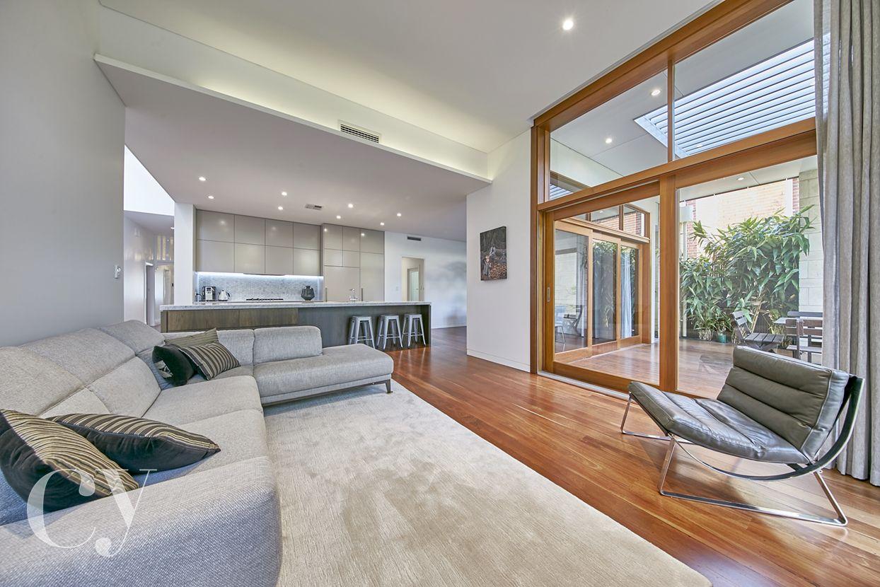 80 Allen Street, East Fremantle WA 6158, Image 2