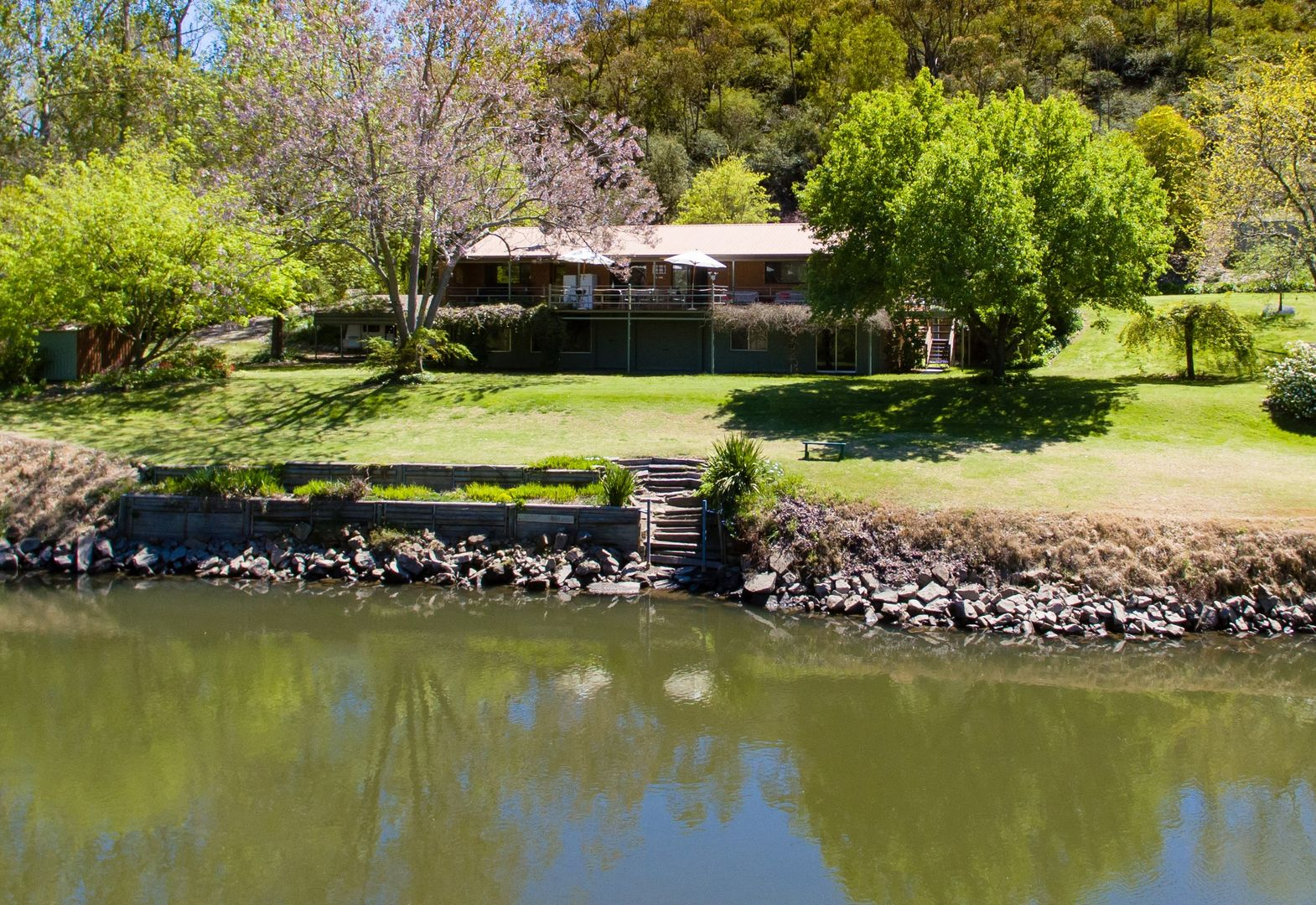 3137 River Road, Jingellic NSW 2642, Image 2