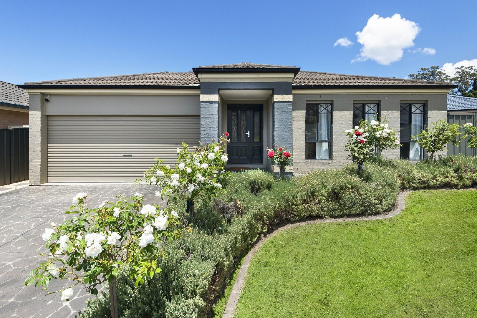 10 The Valley Way, Lisarow NSW 2250, Image 0