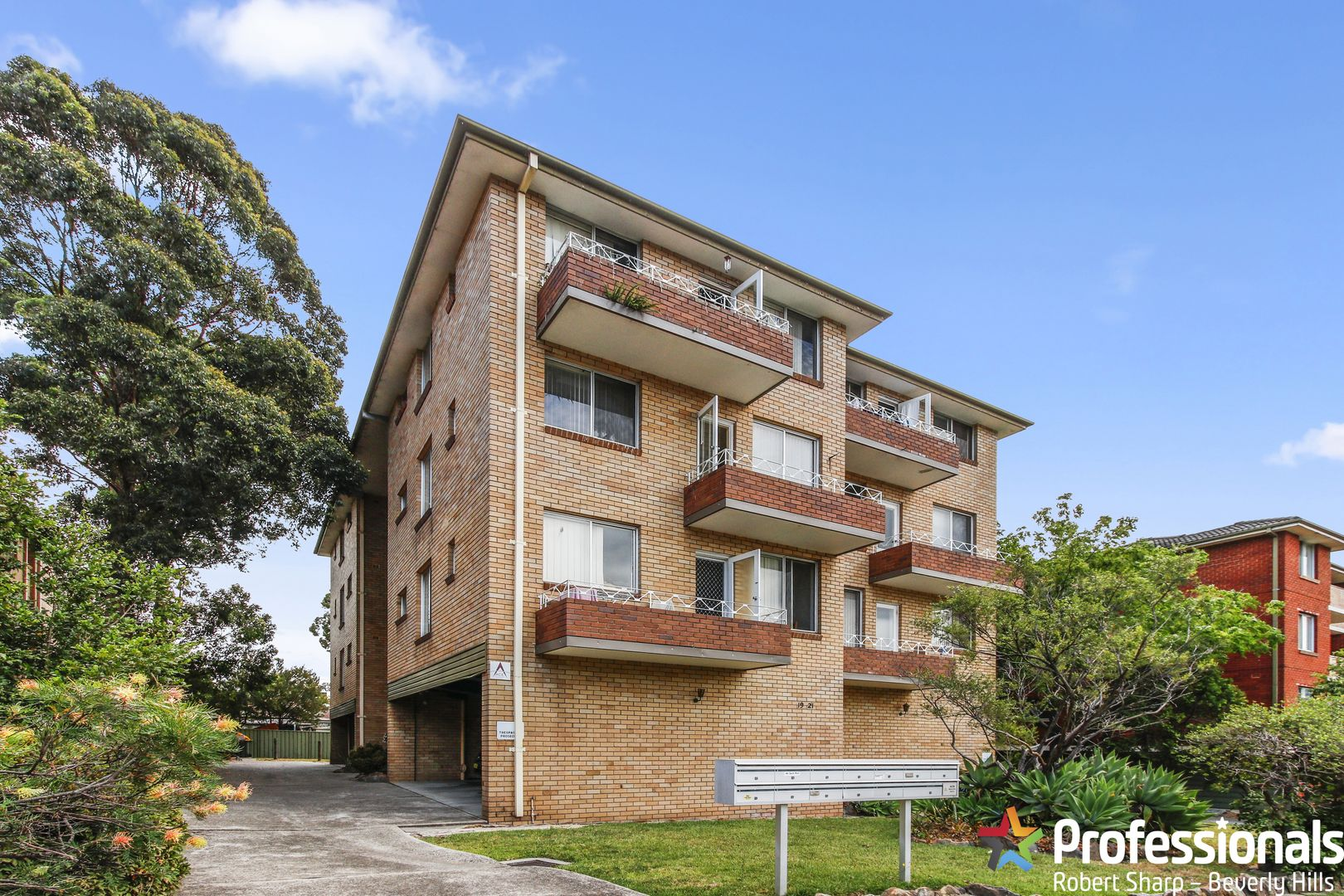 8/19-21 Apsley Street, Penshurst NSW 2222, Image 0
