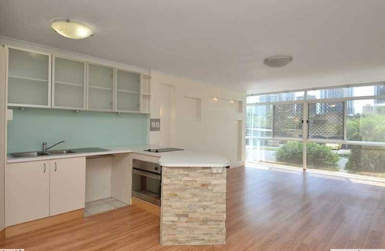 8 Darrambal Street, Chevron Island QLD 4217, Image 0