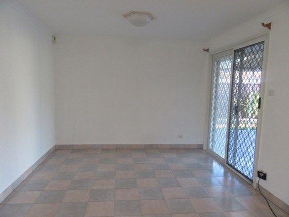 36 Napier Avenue, Lurnea NSW 2170, Image 2