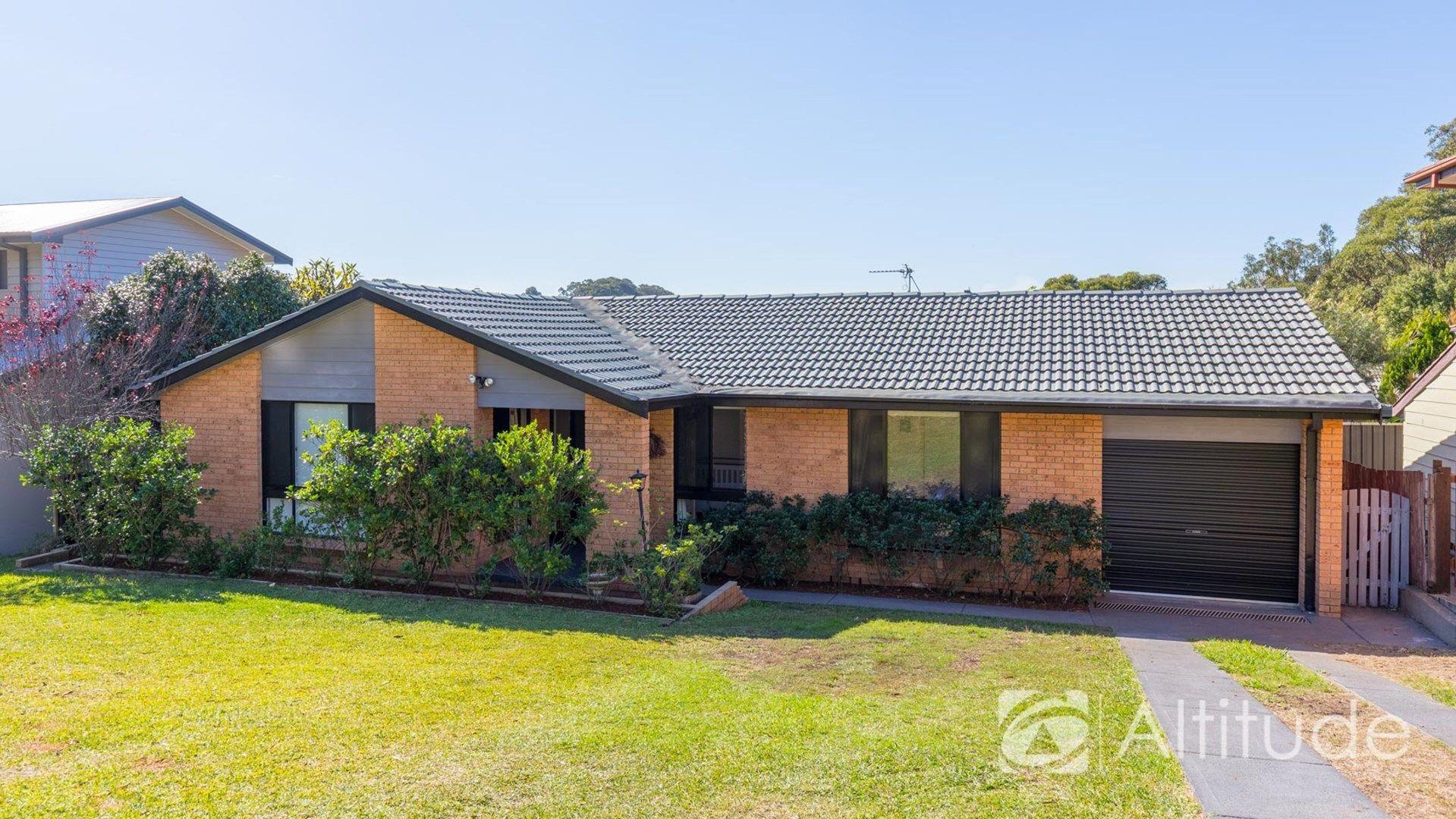 4 Wyera Crescent, Carey Bay NSW 2283, Image 0