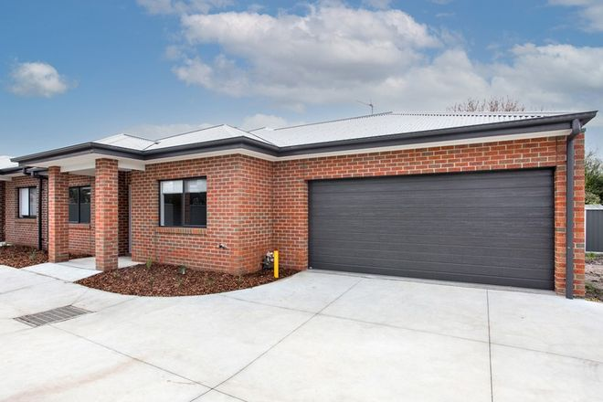 Picture of 2/110 Leith Street, REDAN VIC 3350