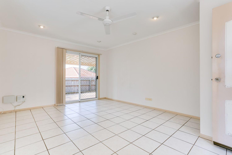 1/5 Kate Court, Redbank Plains QLD 4301, Image 2