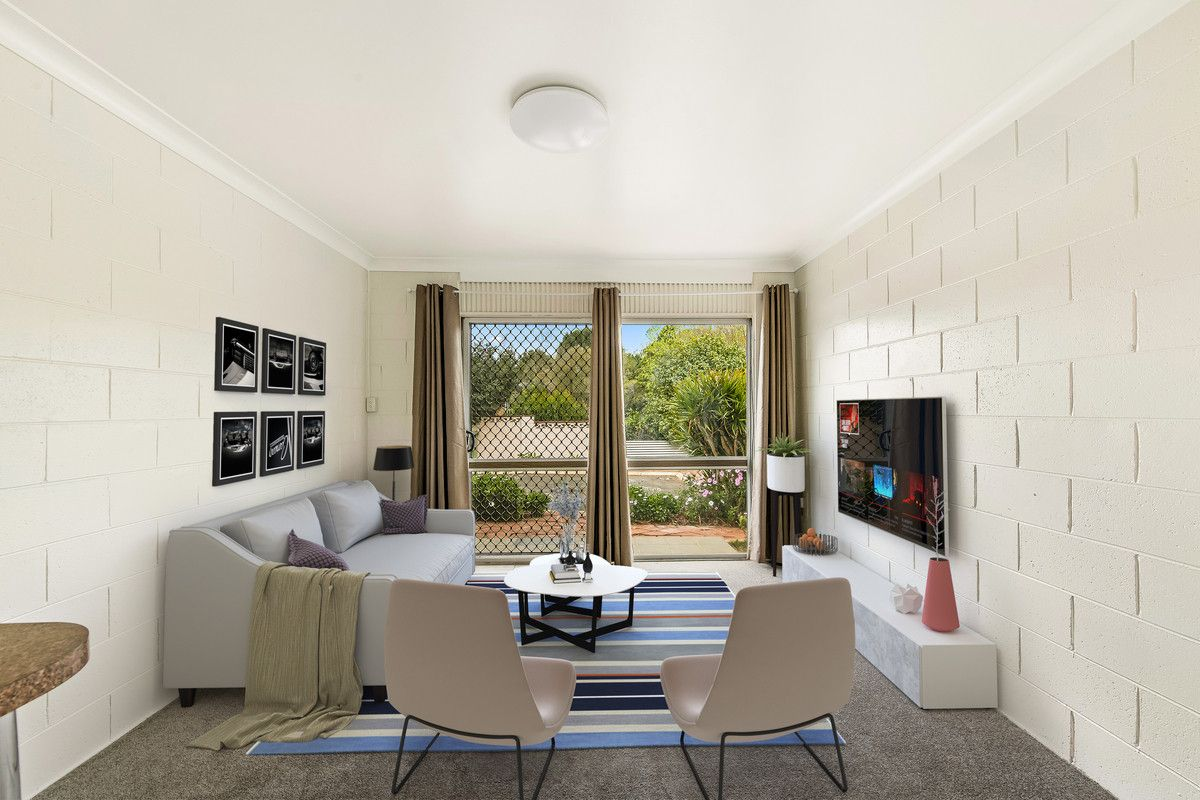 4 Catto Street, Centenary Heights QLD 4350, Image 2