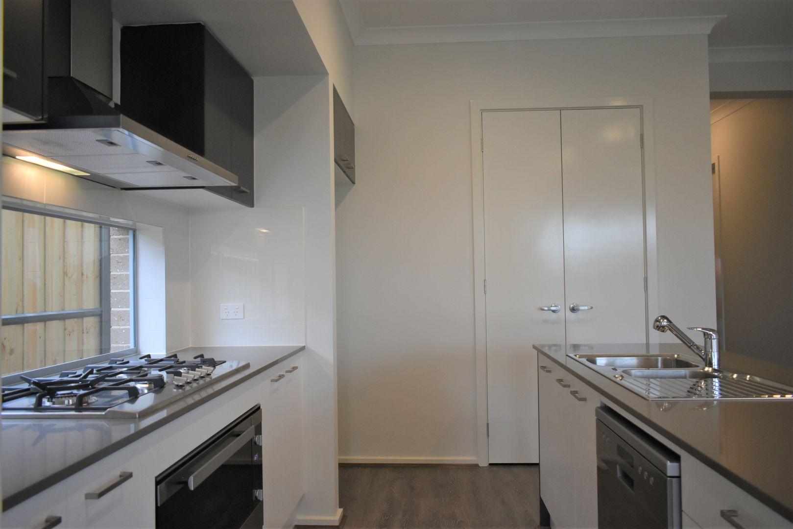 7 Avior Street, Box Hill NSW 2765, Image 2