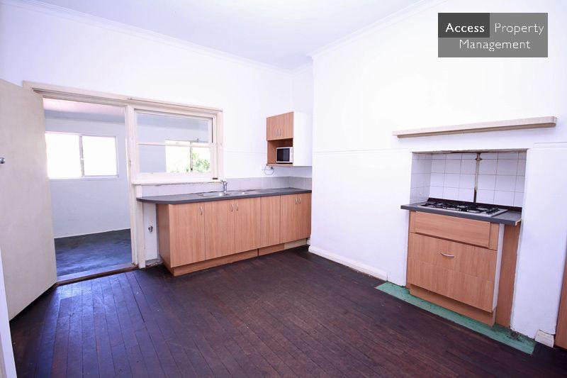45A Cloister Avenue, Manning WA 6152, Image 2