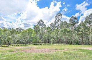33-35 Groundberry Crescent, Moggill QLD 4070