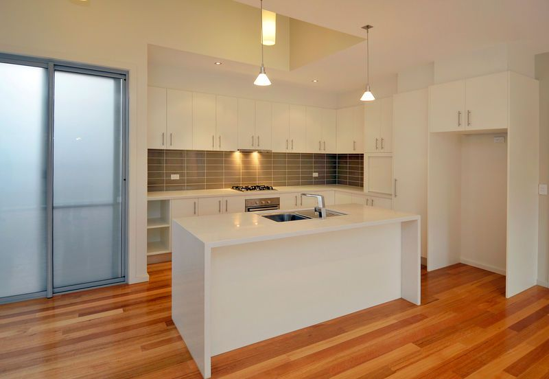2/1 Connelly St, Brunswick VIC 3056, Image 2