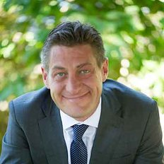 Cameron McKillop, Sales representative