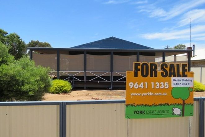 Picture of 76 Hunt Road, BEVERLEY WA 6304