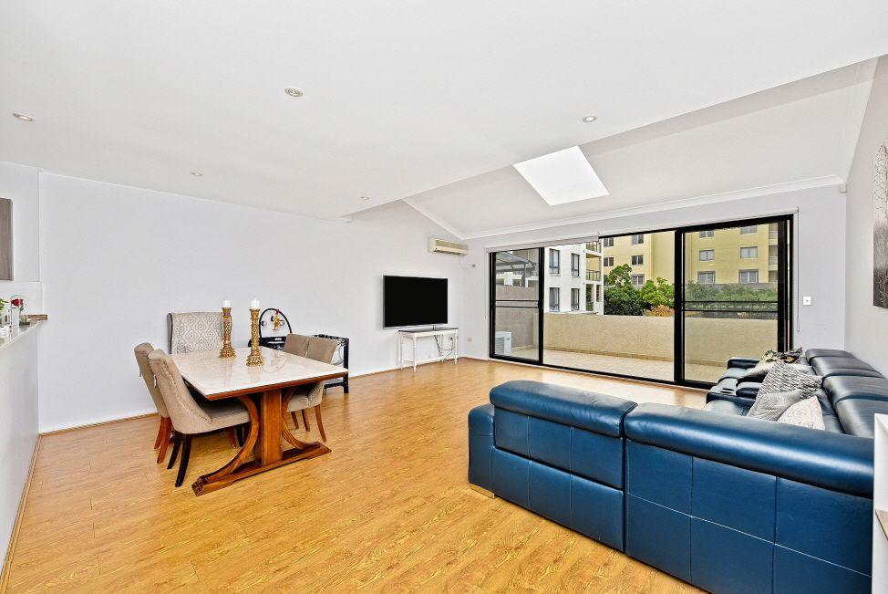 2/104 William Street, Five Dock NSW 2046, Image 1