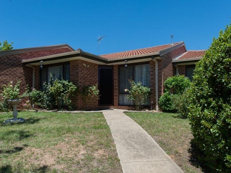 2/116 Henderson Road, Queanbeyan NSW 2620, Image 0