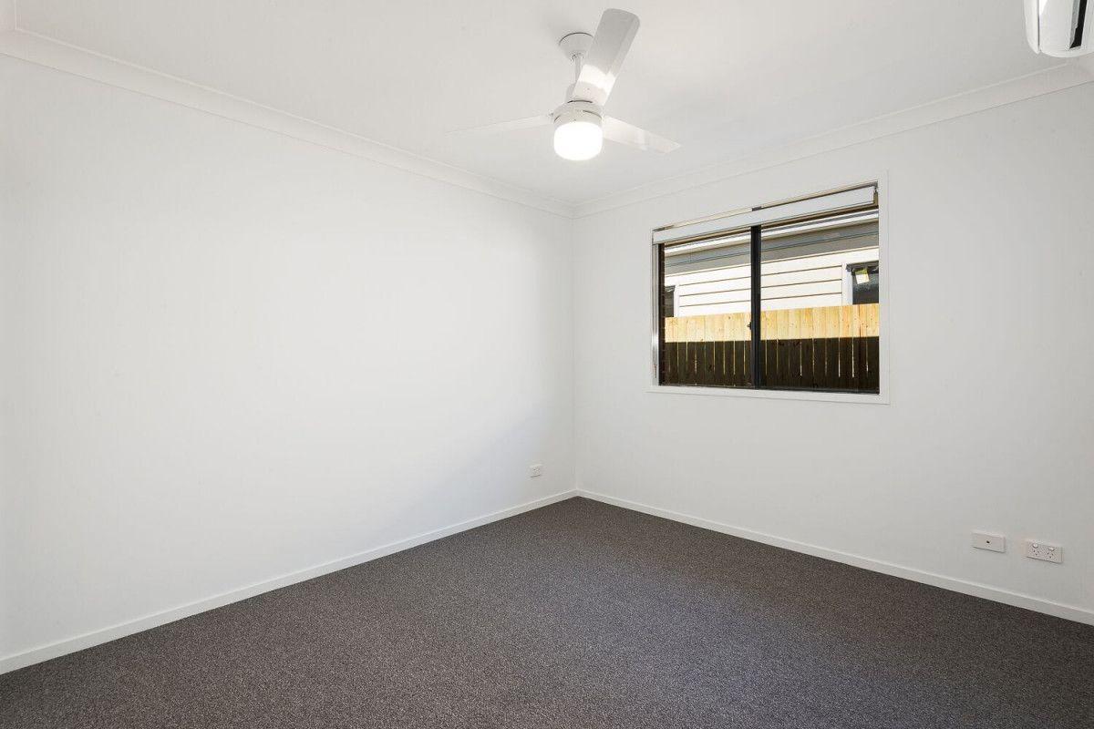 1/17 Ryrie Court, Park Ridge QLD 4125, Image 2