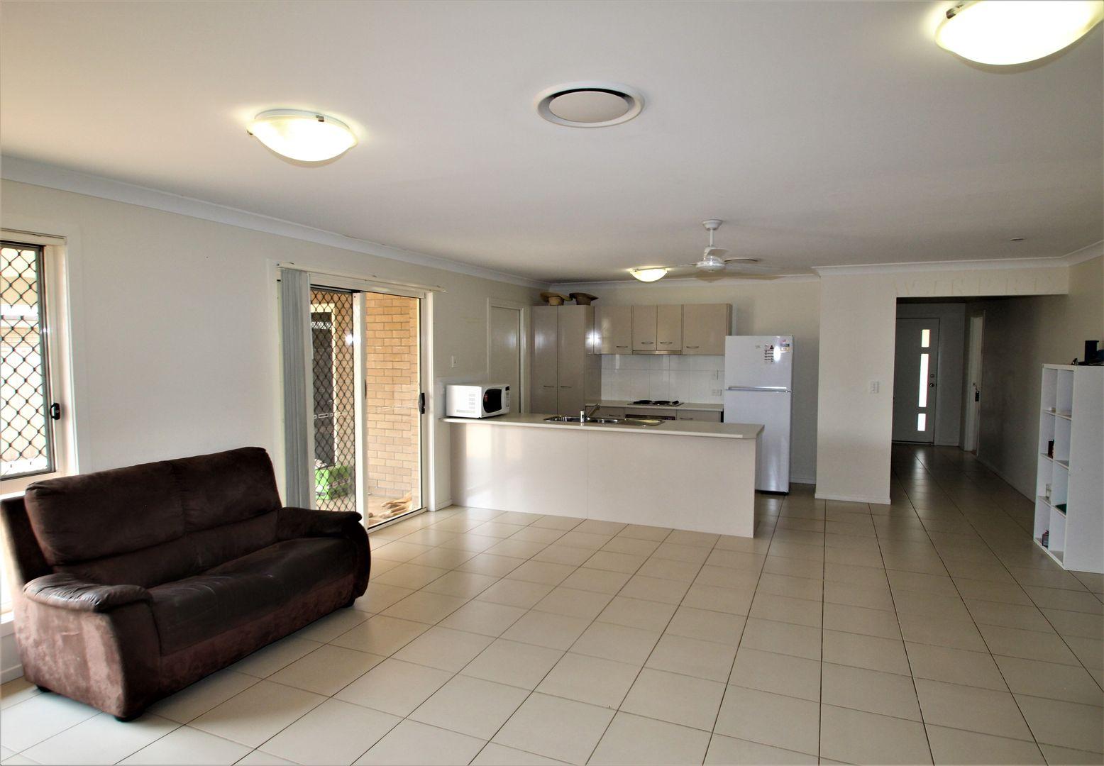 21 Ivy Street, Roma QLD 4455, Image 2
