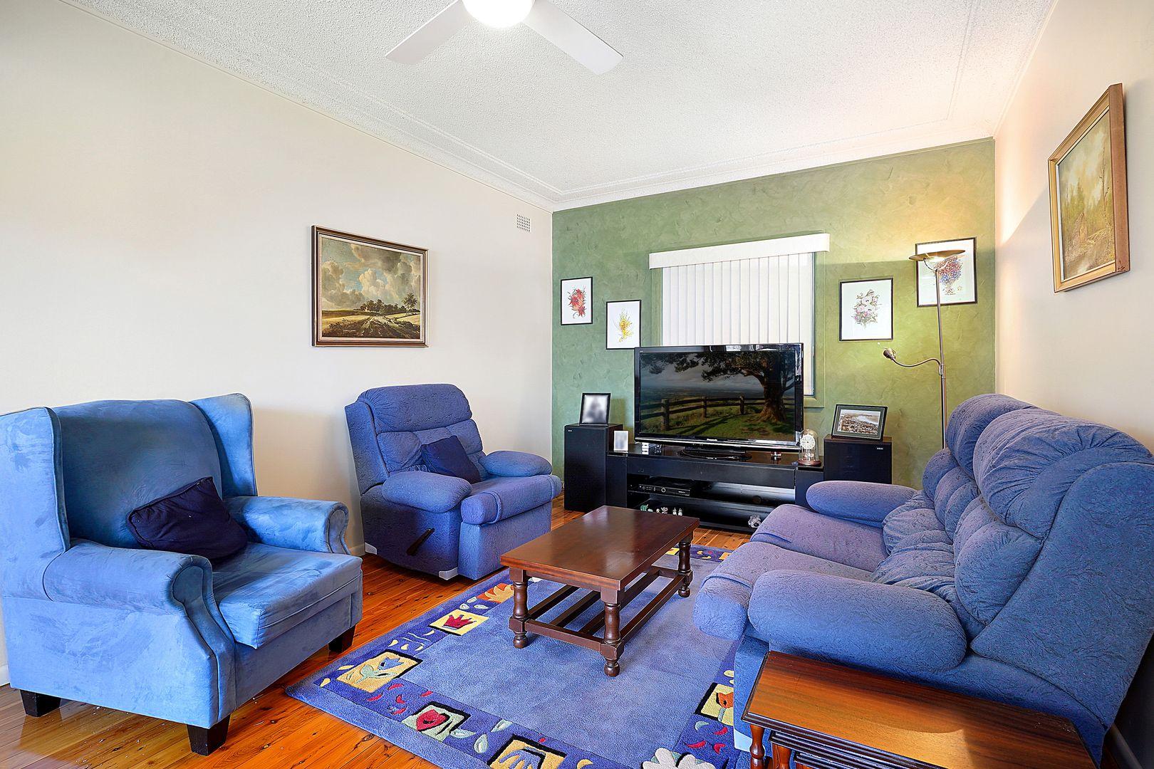 5 Holman Street, Canley Heights NSW 2166, Image 1