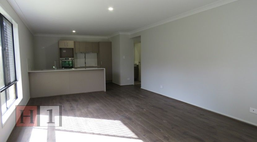 Room 3/57B Atlantic Drive, Loganholme QLD 4129, Image 1