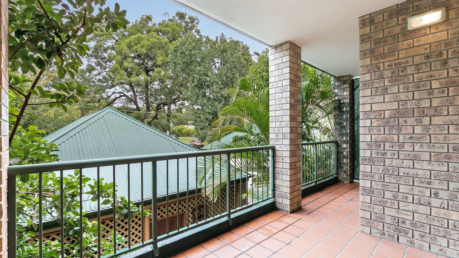 4/124 Carmody Road, St Lucia QLD 4067, Image 1