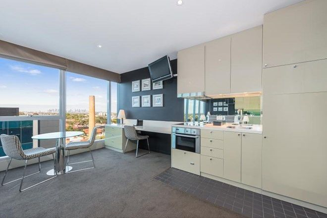 Picture of 215 Bell Street, PRESTON VIC 3072