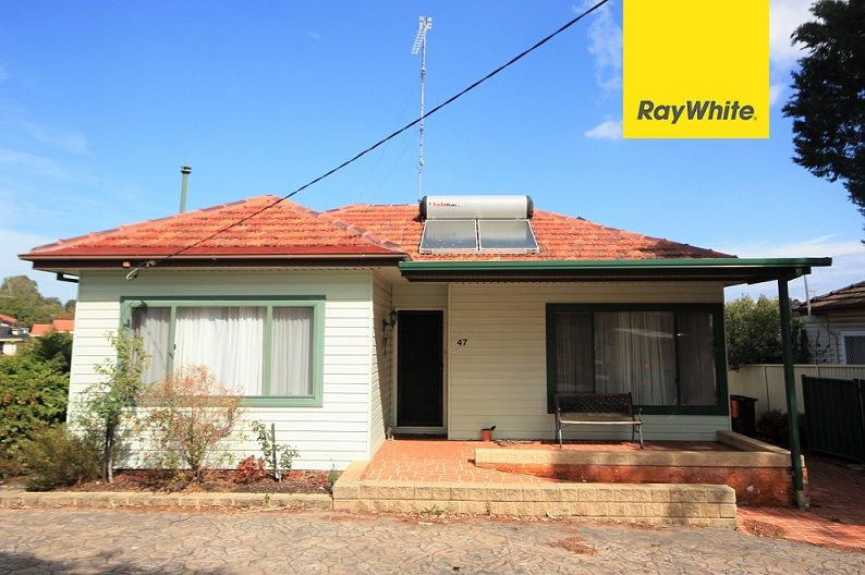 47 Hoddle Avenue, Bradbury NSW 2560, Image 0