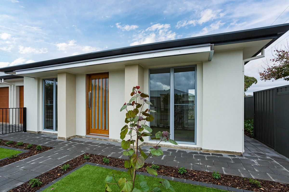 33 Rotorua Avenue, Park Holme SA 5043, Image 2