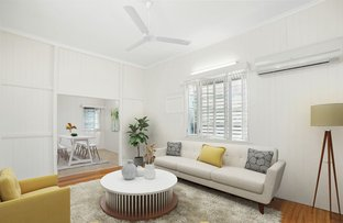 Picture of 19 Law Street, Cairns North QLD 4870